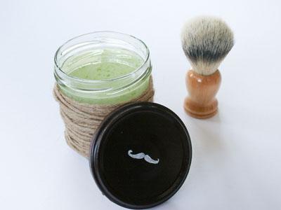 Aprenda a fazer aftershave caseiro