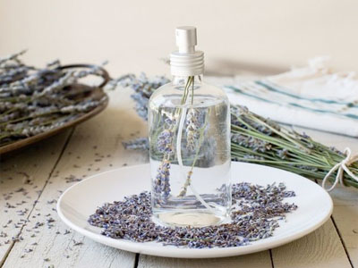 Perfume caseiro de alfazema