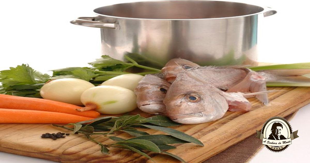 Caldo caseiro de peixe