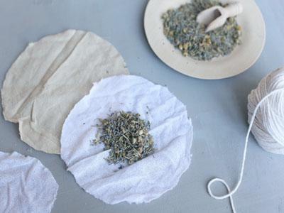 Saquinhos de ervas para banhos de imersão