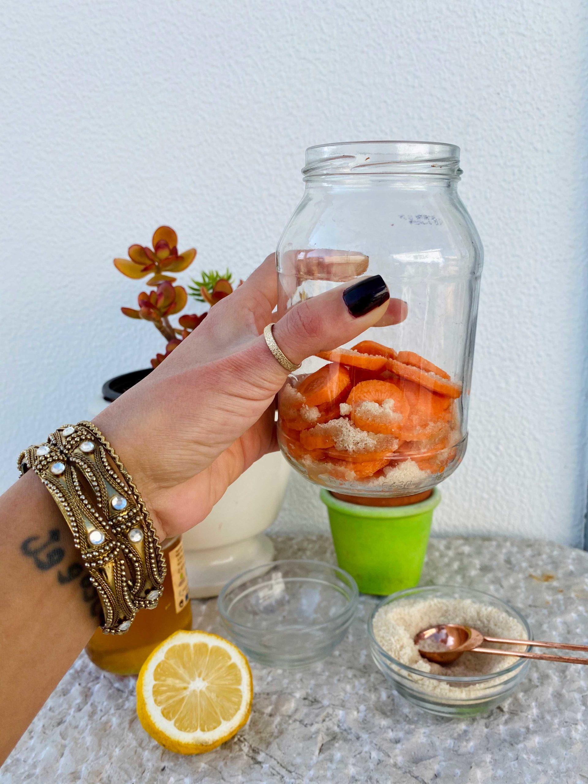 Aprenda a fazer xarope caseiro de cenoura para gripes e constipações