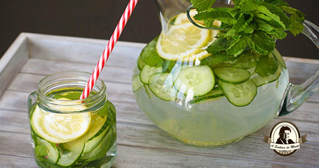 Água de Sass para reduzir peso