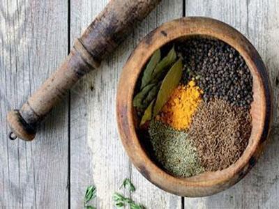 Especiarias e condimentos que ajudam a emagrecer