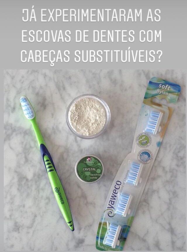 Escova de dentes com cabeças substituíveis
