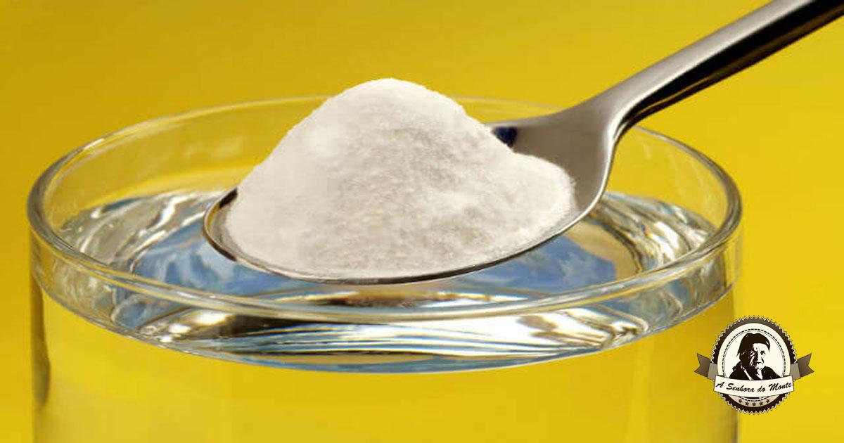 Tratamento com bicarbonato de sódio e limão