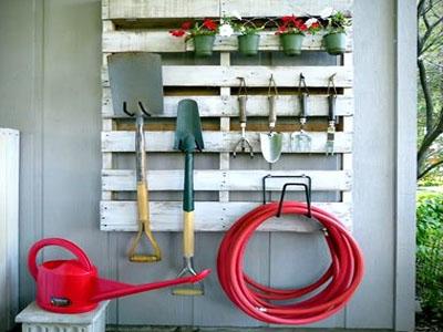 Limpeza de ferramentas de jardim