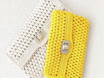 Malas feitas em tricô