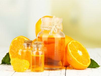 Aprenda a fazer óleo essencial caseiro de laranja