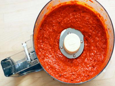Aprenda a fazer uma deliciosa massa de pimentão doce caseira