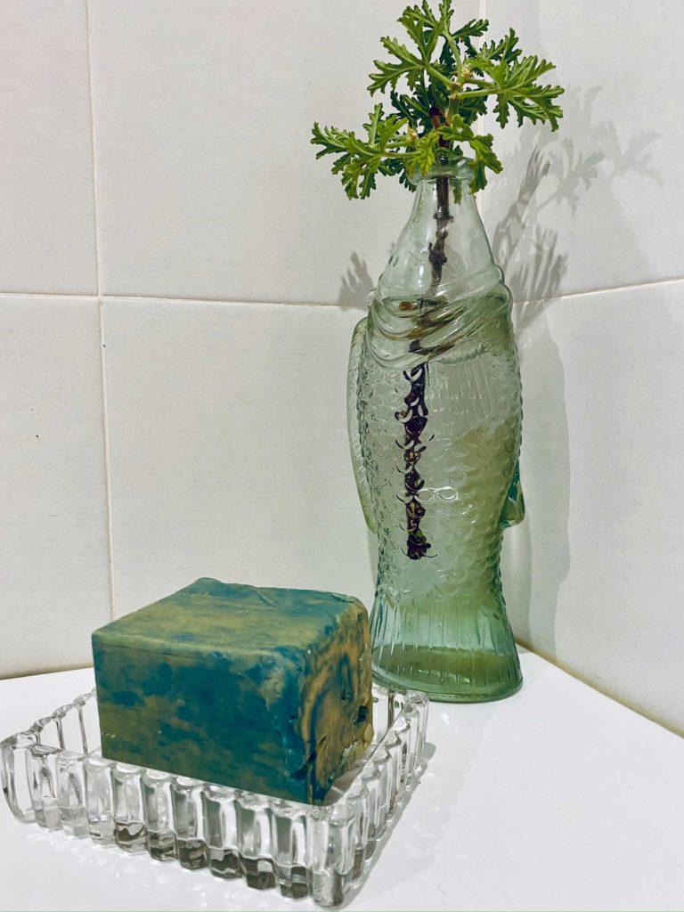 Sabia que o sabão azul e branco já tem mais de 160 anos?