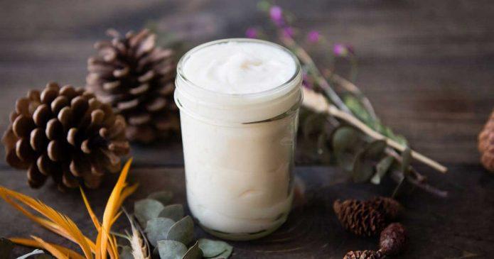 Aprenda a fazer um desodorizante natural só com 3 ingredientes