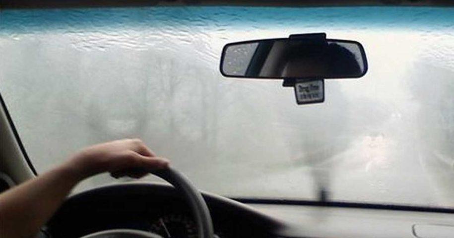 Dicas para evitar o embaciamento do vidro do carro