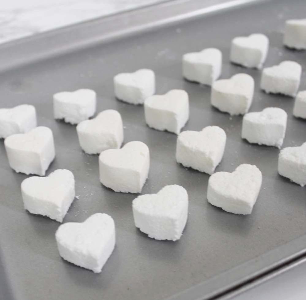 Aprenda a fazer pastilhas efervescentes para manter a sanita limpa
