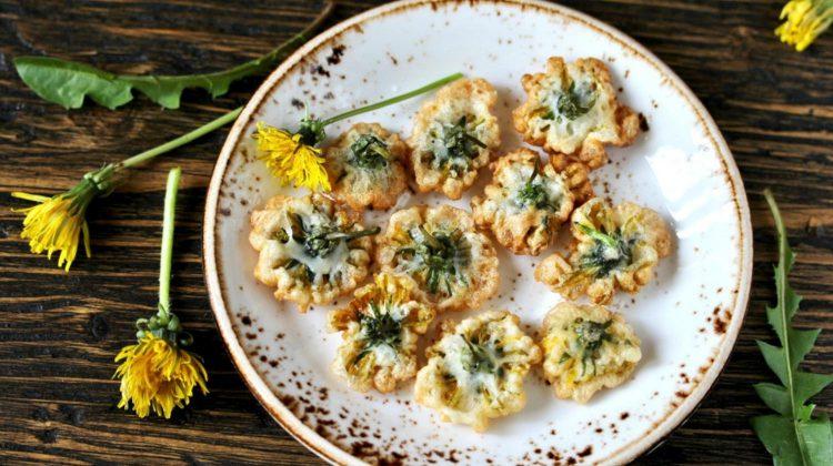 Já experimentou esta receita? Flores de dentes-de-leão fritas!